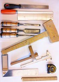 gereedschappen tijdens de cursus houtbewerking
