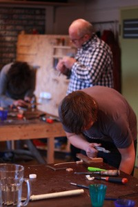 cursisten aan het werk tijdens de workshop